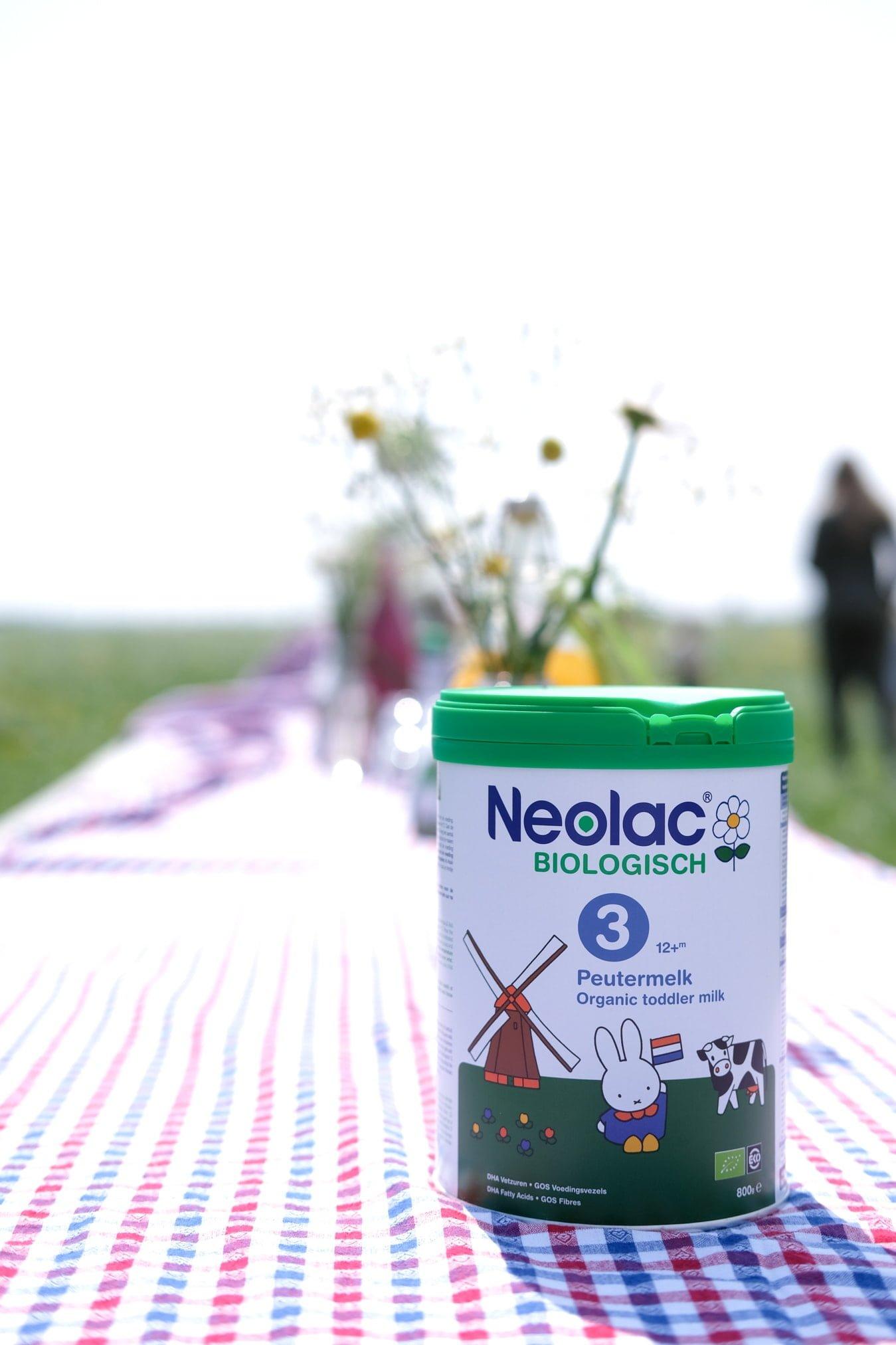 neolac aan tafel