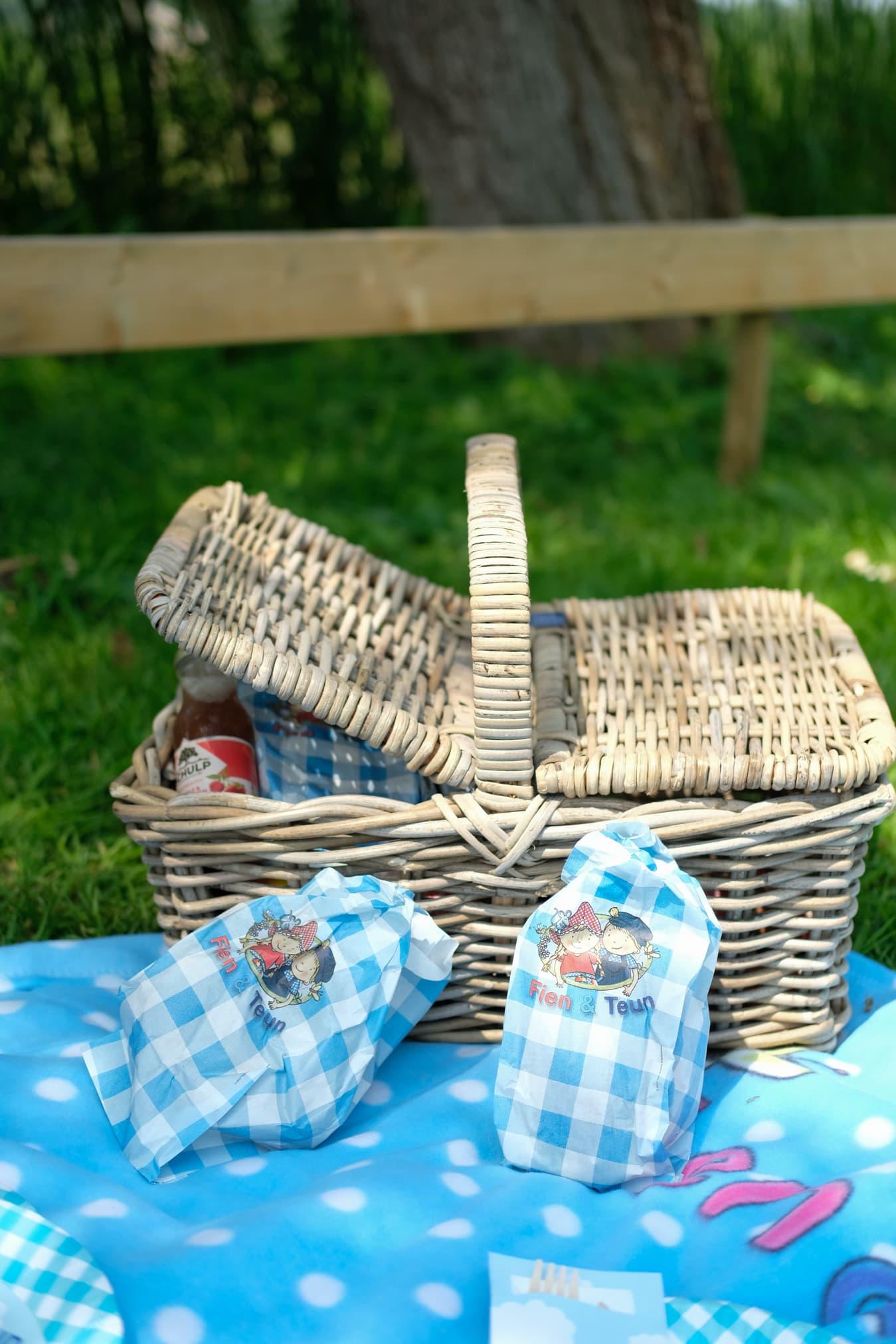 inhoud picknickmand avonturenboerderij molenwaard