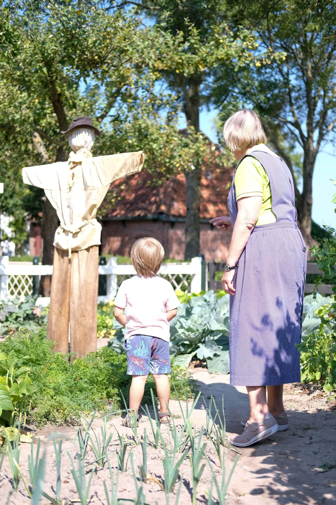 visit zuiderzeemuseum enkhuizen with kids