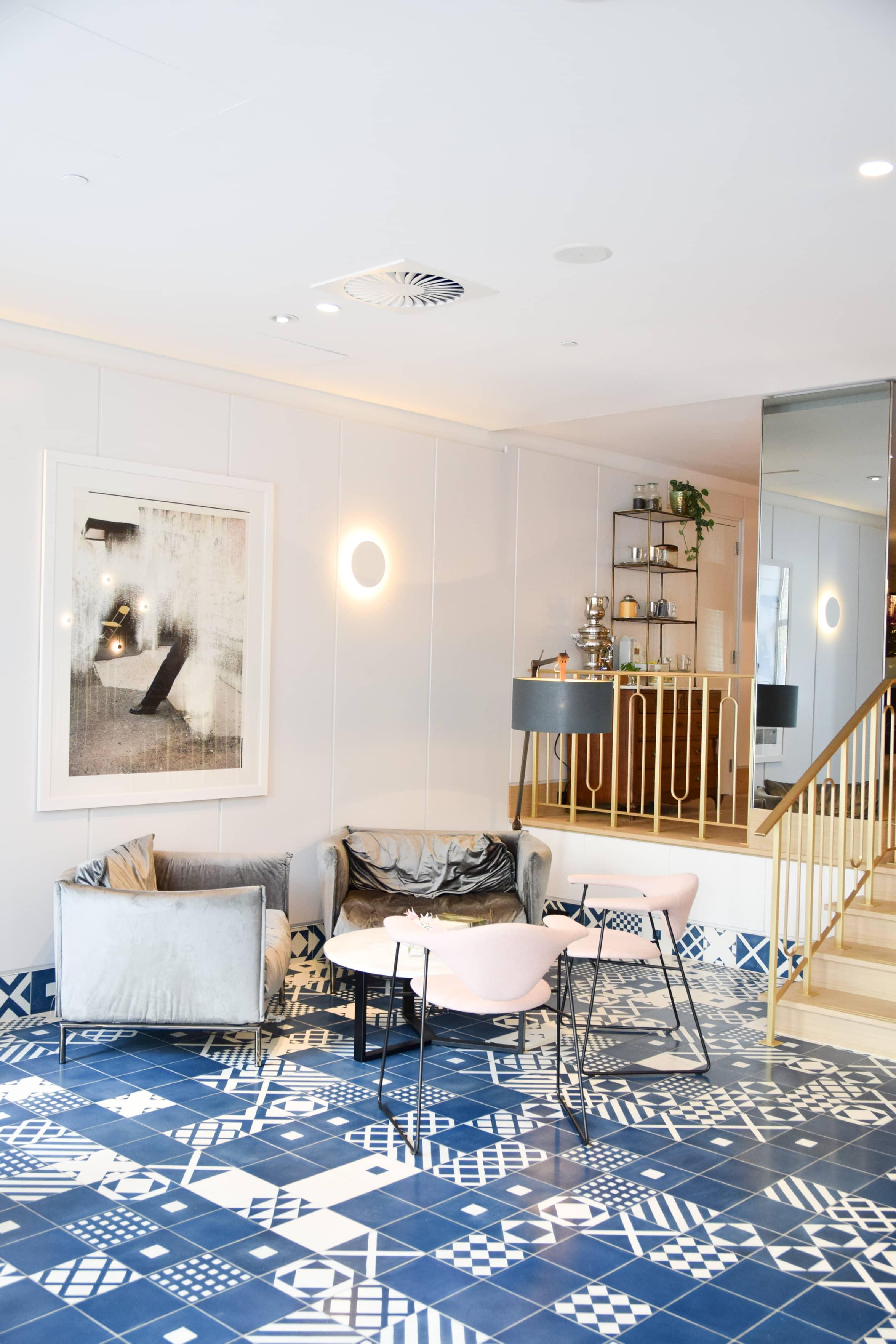 instagram hotspot hotel amsterdam