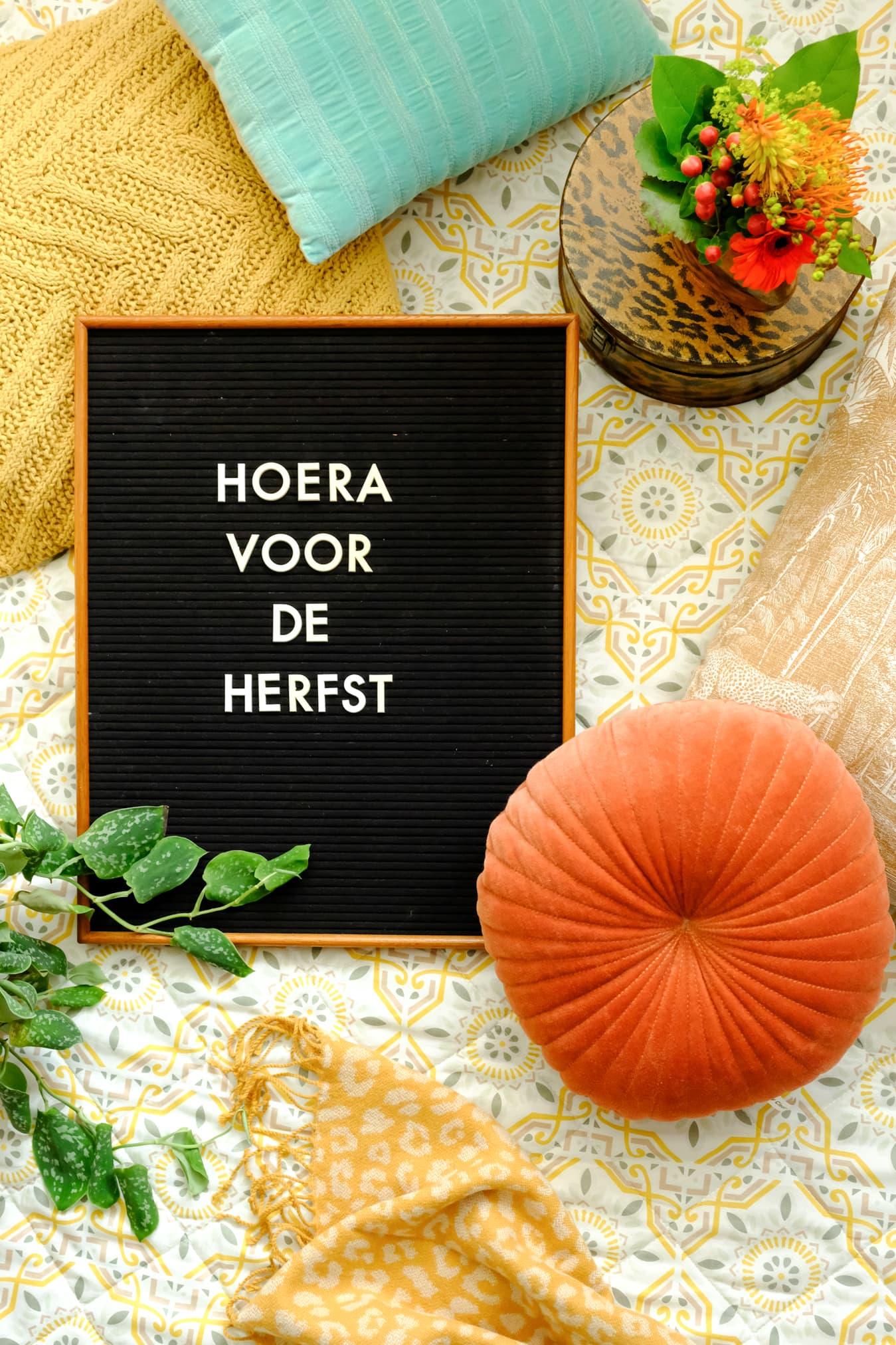 herfst tekst letterbord nederlands