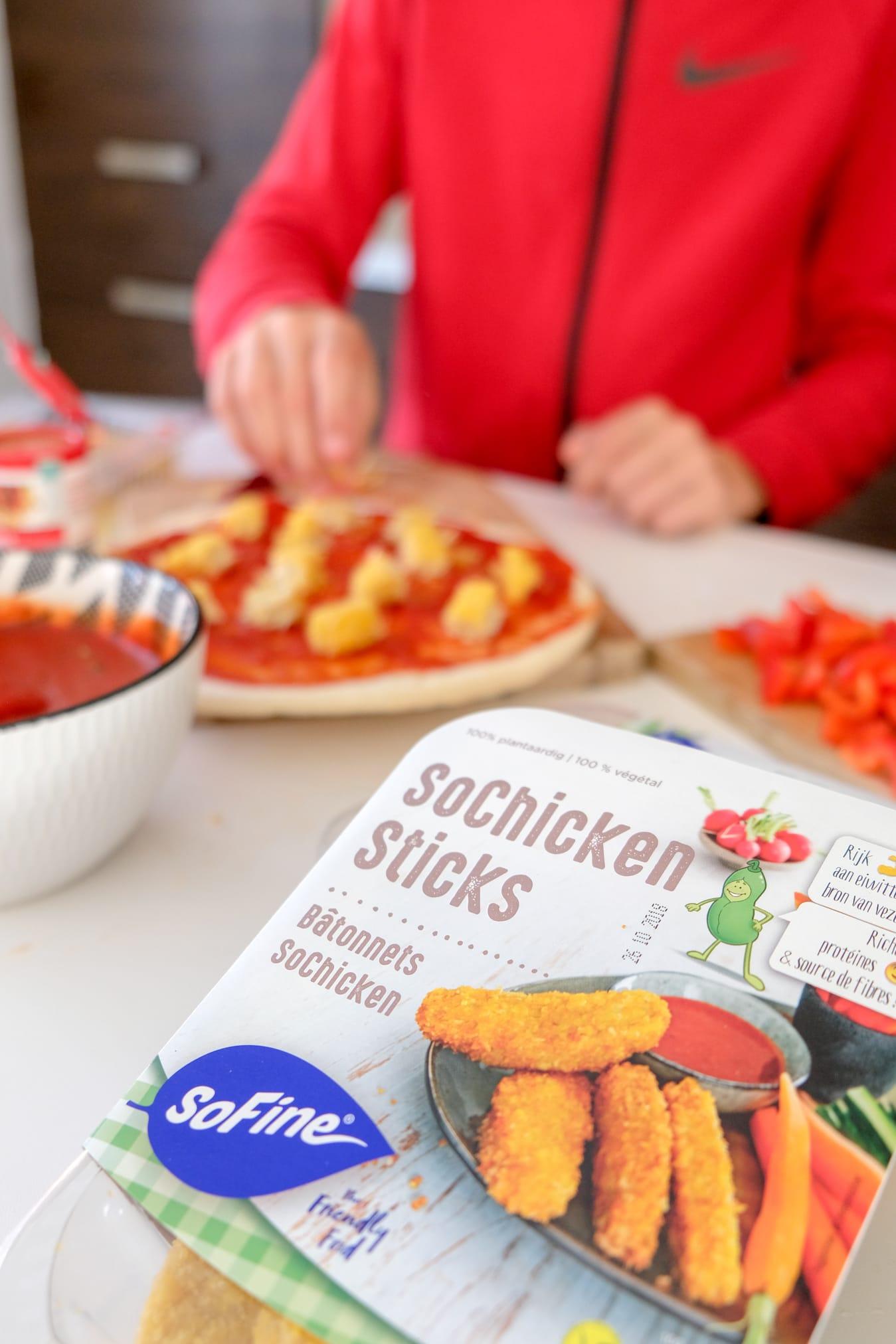 sofine sochicken sticks pizza
