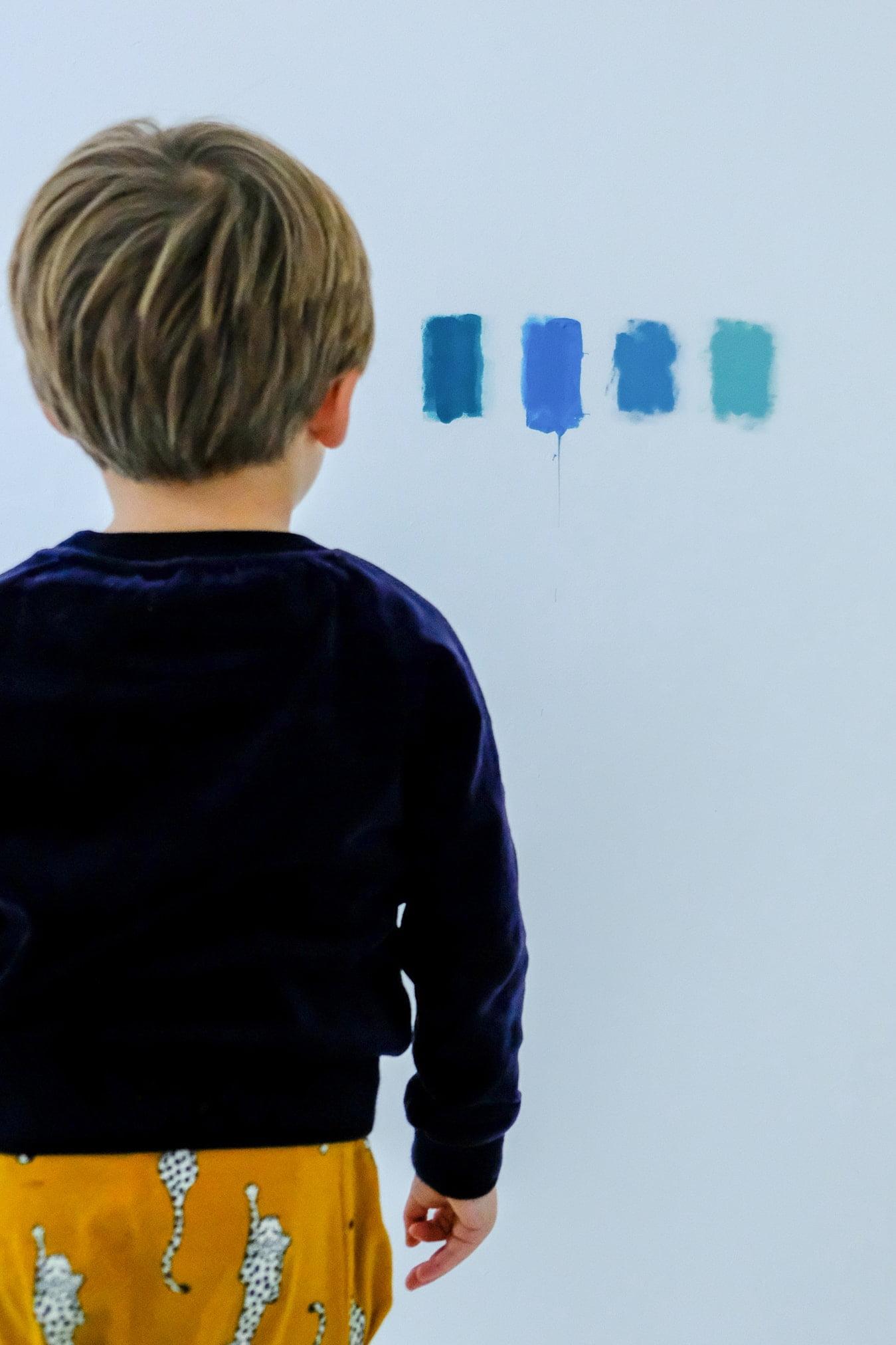 blauwe en groene kleurtesters van Flexa