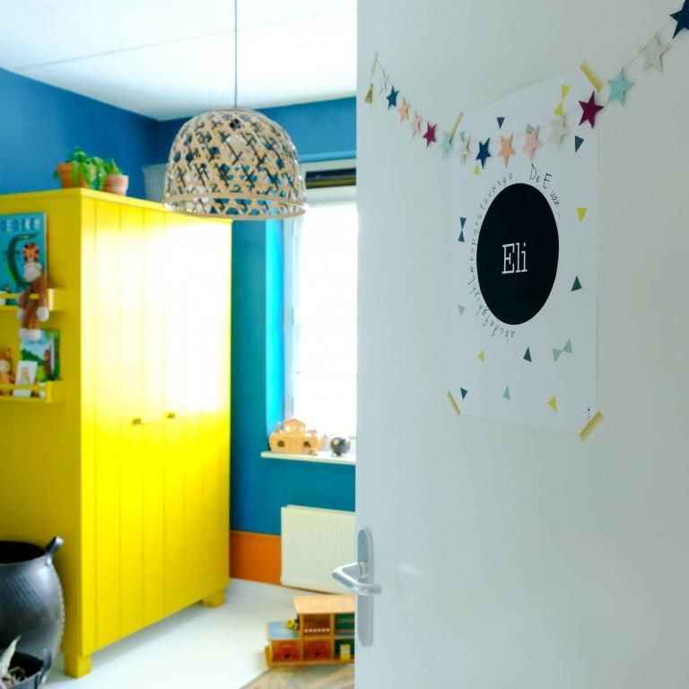 Een kleurrijke junglekamer voor Eli