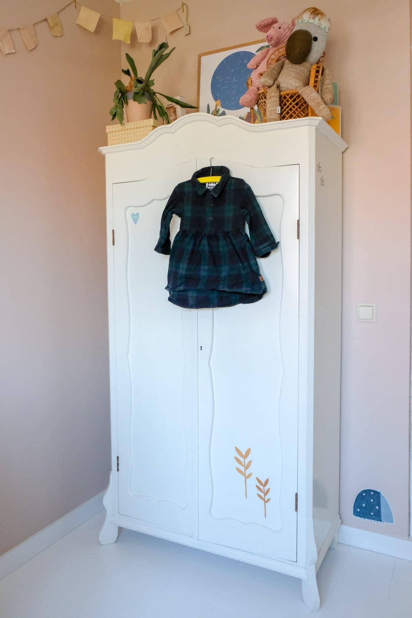 garderobekast kinderkamer