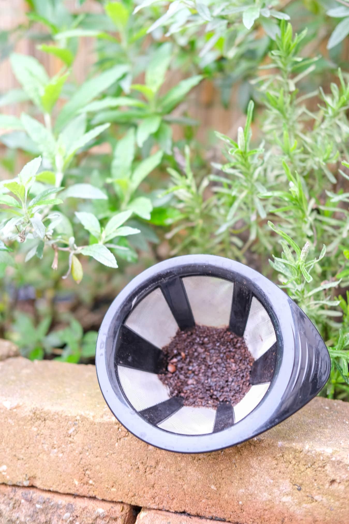 koffiedrab voor de tuin
