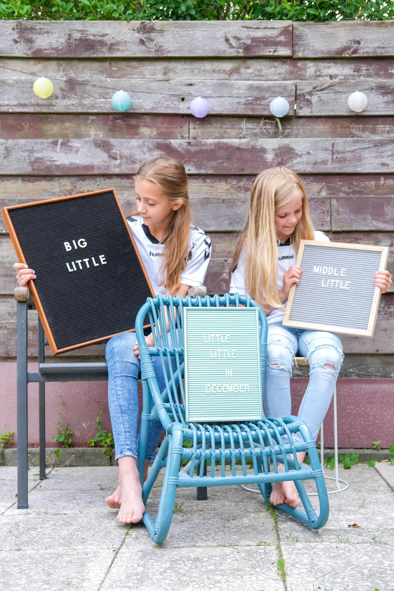 aankondiging grote zus baby nummer 3 letterbord