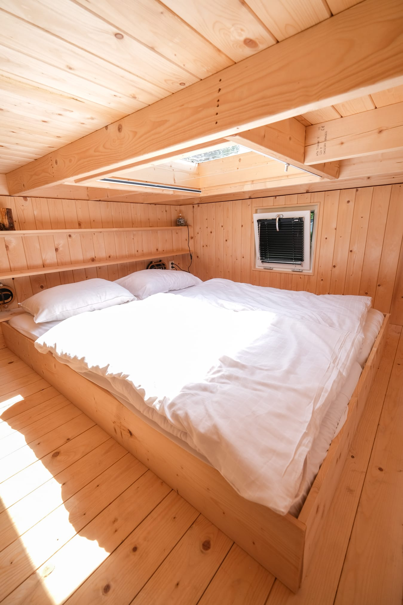 tweepersoons tiny house bed