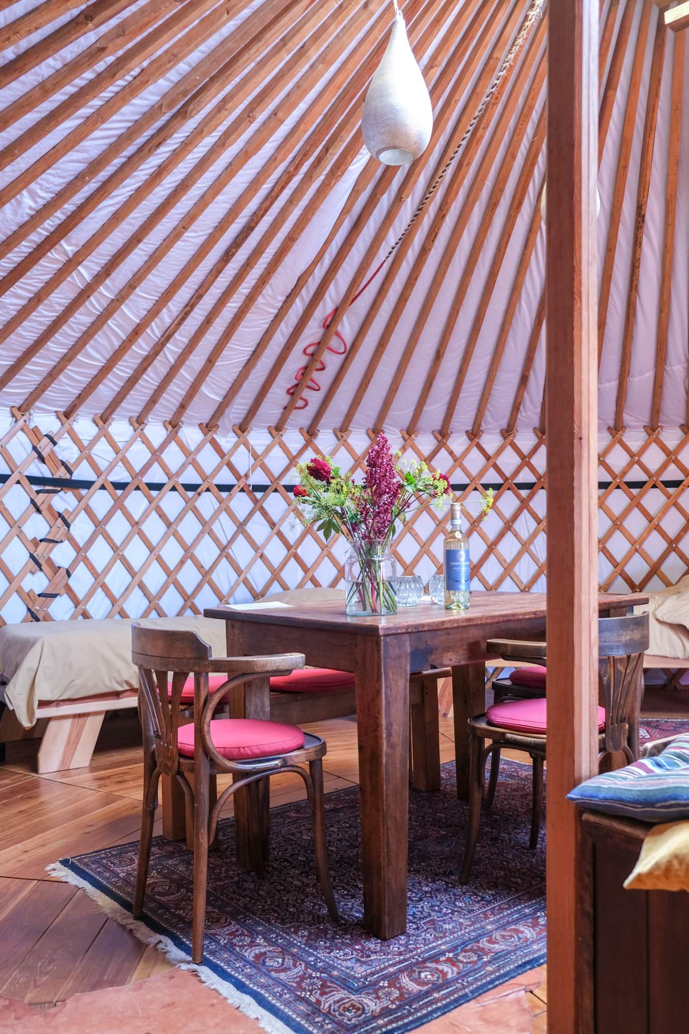 een yurt inrichten