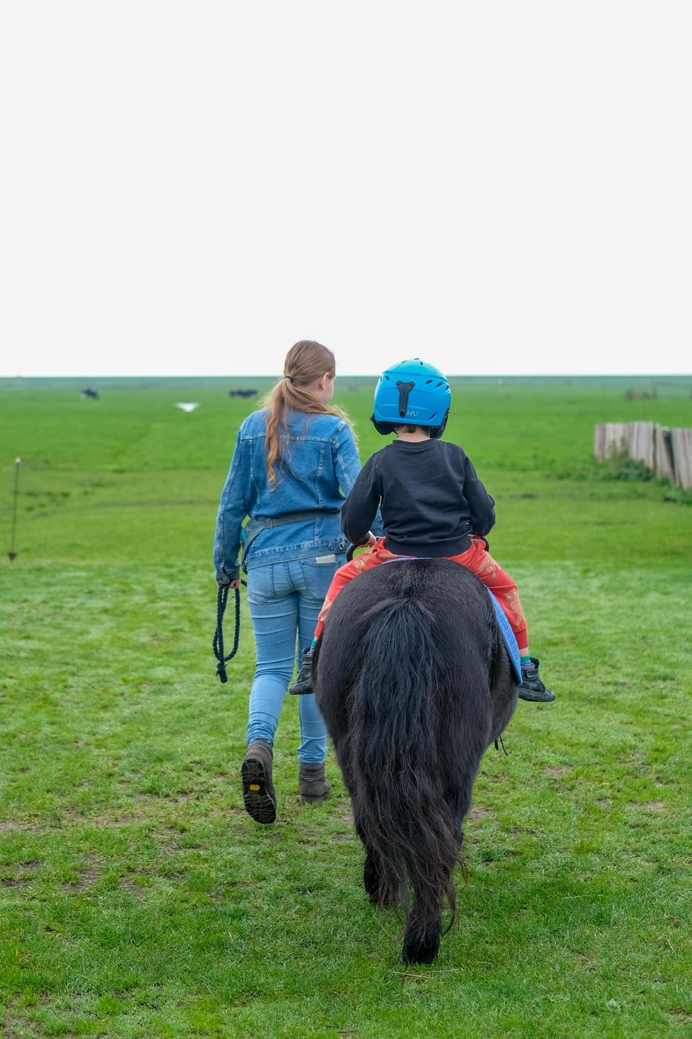pony rijden terschelling kinderen