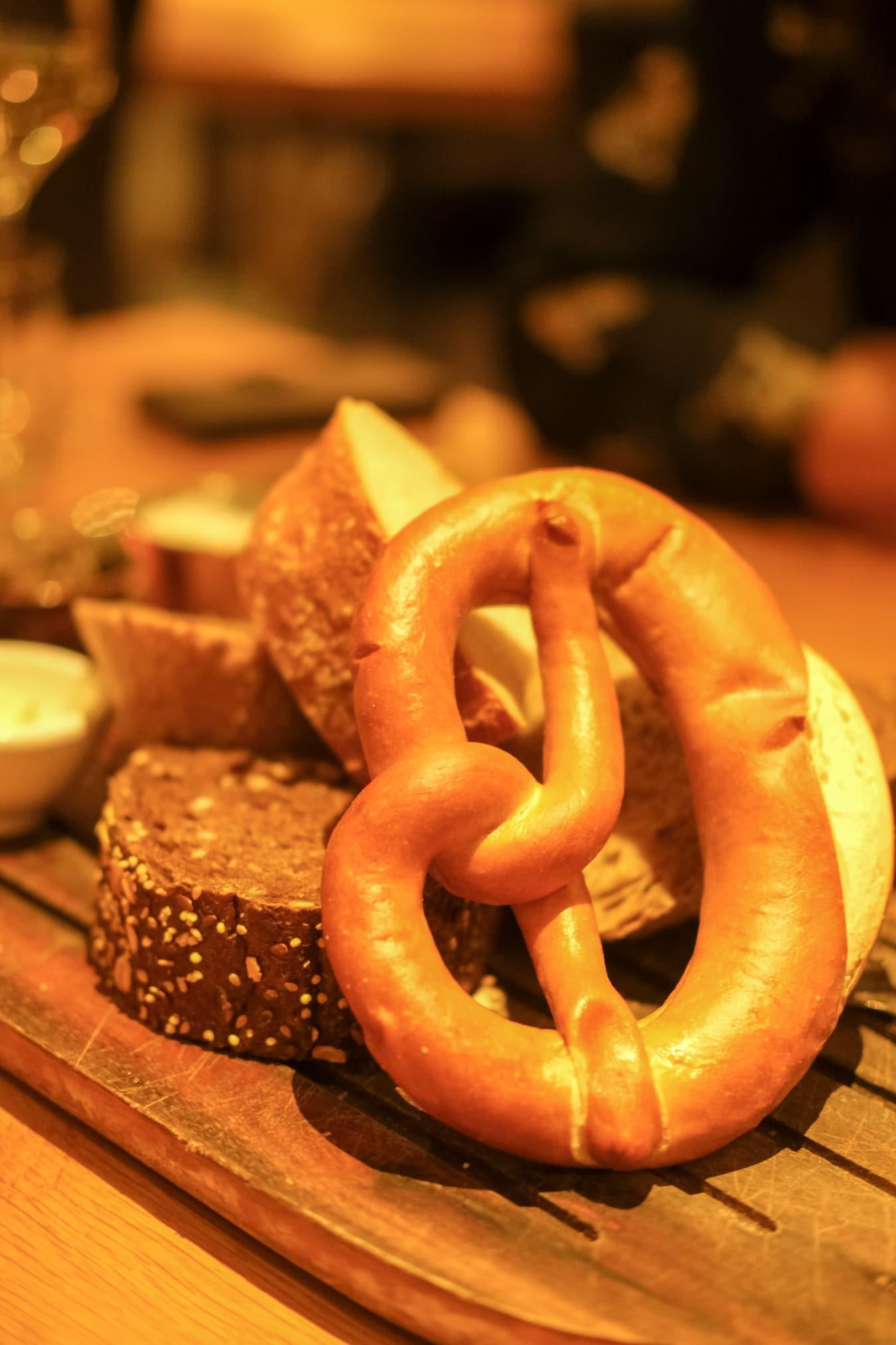 broodplank restaurant maashof
