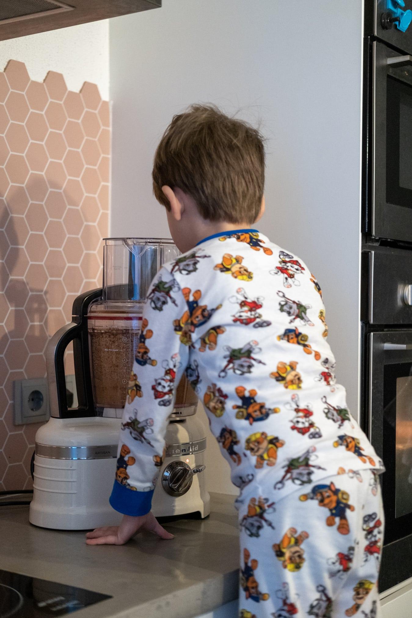 pindakaas maken met kinderen