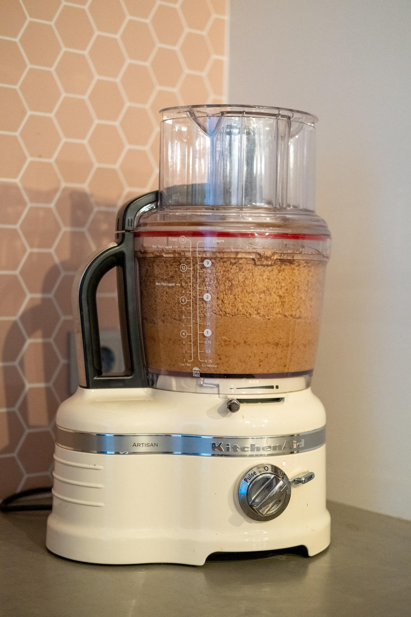 pindakaas maken met foodprocessor